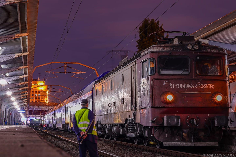 Tren direct din București spre Valea Jiului