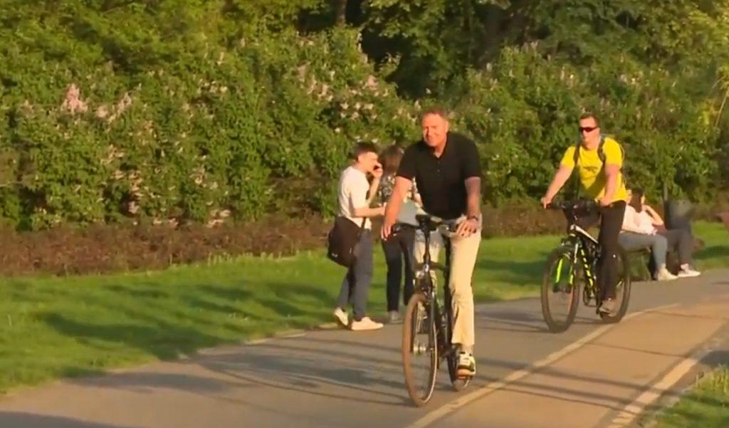 iohannis herastrau bicicleta